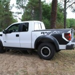 Pcik up Ford F150 Raptor blanc