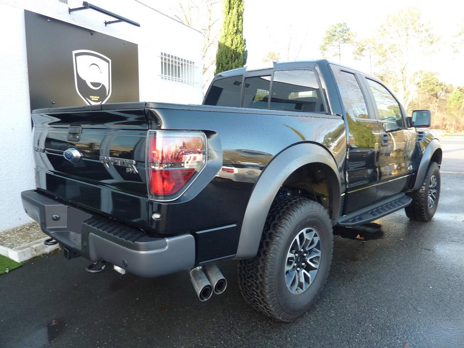 Ford F150 Raptor arrière