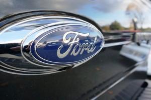 Le logo ovale bleu de Ford
