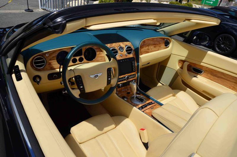 L'habitacle confortable de la Bentley Continental GTC