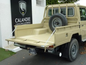 Land-Cruiser-pickup