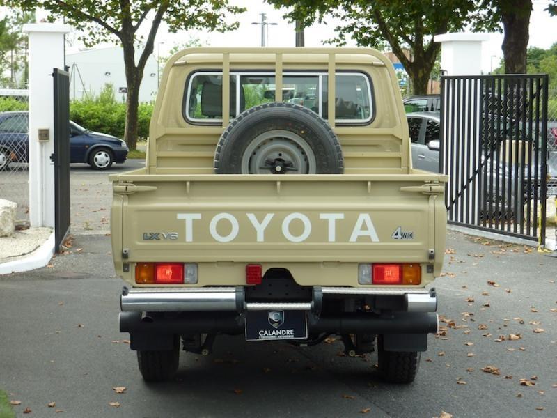 Toyota Land Cruiser Series 70