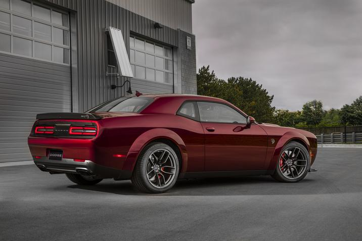 La Dodge Challenger Hellcat Widebody 2018, encore plus intimidante
