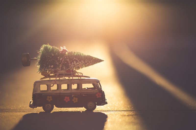 Peut-on décorer sa voiture pour Noël ?
