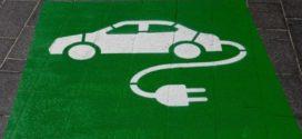 Achat d'une voiture électrique : 1 Français sur 3 pense franchir le pas